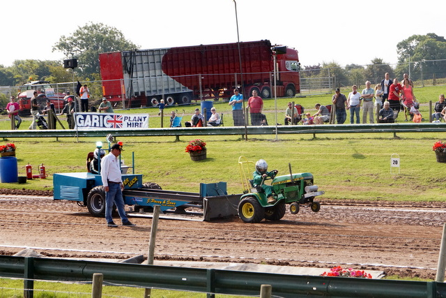 Tractor pull (1)