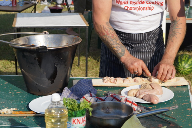 World Testicle Cooking Championships (8)