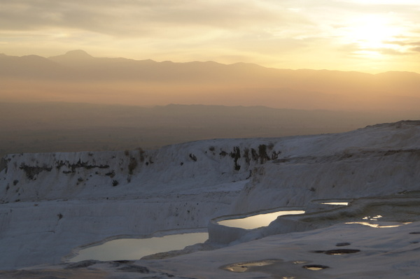 Late afternoon sun at Pamukkale
