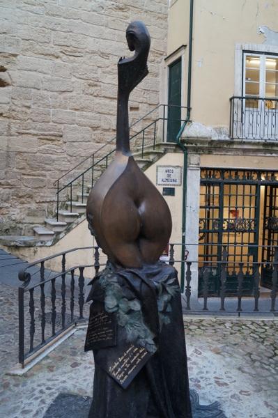 Tribute to Fado monument