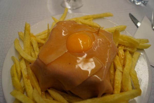 Cheese-less francesinha