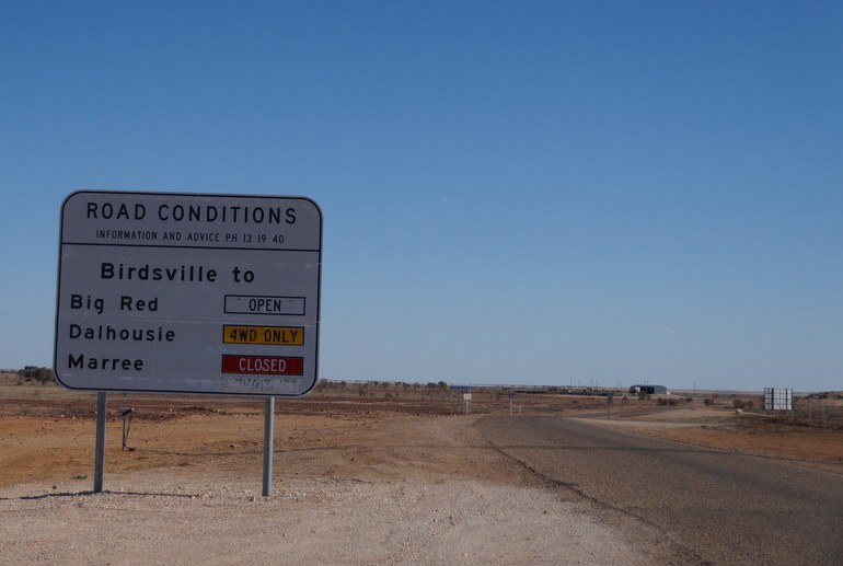 Road sign Birdsville