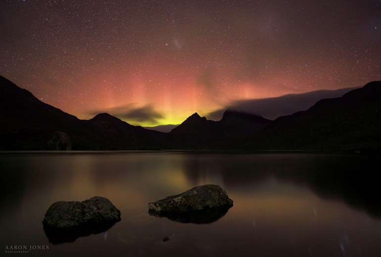 Aurora at Cradle - the first shot - Aaron Jones Photography