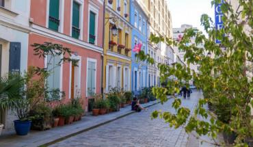Rue Cremieux feature